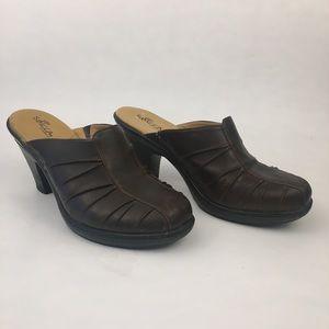 """Sbicca brown platform clogs. 3"""" heel,  size 7"""